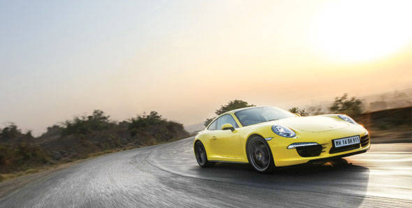 2013 Porsche 911 Carrera 4S in India road test