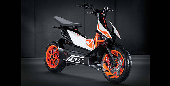 KTM gives the thumbs up for the E-SPEED electric scooter launch in 2015