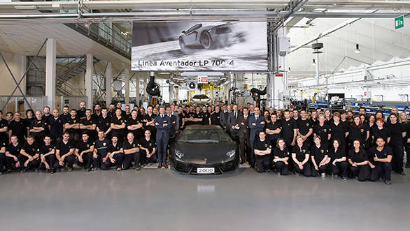 Lamborghini's 2000th Aventador leaves for North America