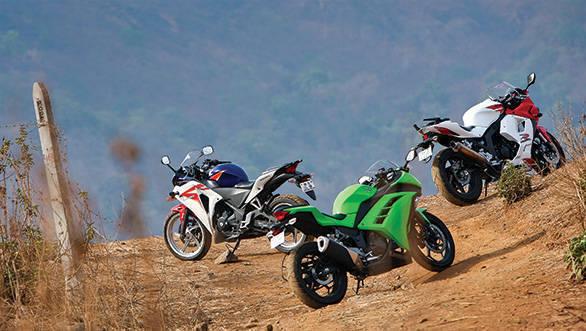 2013 Kawasaki Ninja 300 vs Honda CBR250R vs Hyosung GT 250R