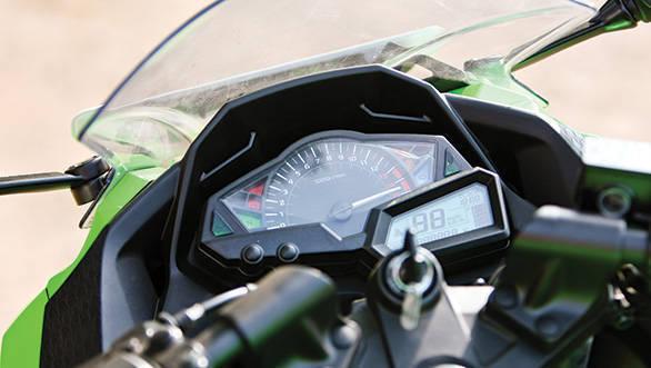 2013 Kawasaki Ninja 300 meter dials