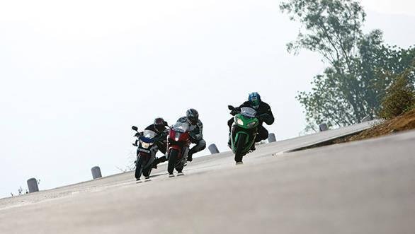 2013 Kawasaki Ninja 300 vs Hyosung GT 250R vs Honda CBR 250R