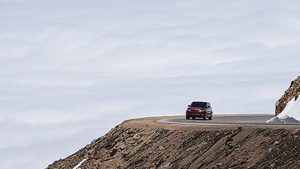 Range Rover Sport sets new Pikes Peak record