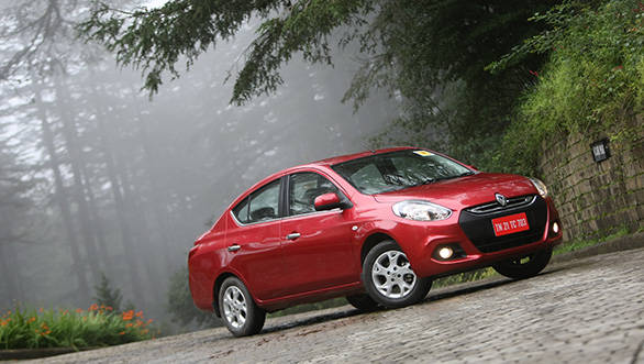 Image of 2013 Renault Scala RxZ used for reference