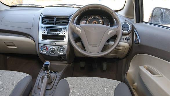 2013 Chevrolet Sail U-VA interiors