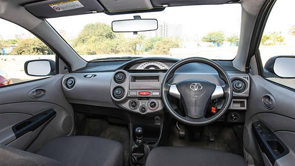 2012 Toyota Etios Liva interiors