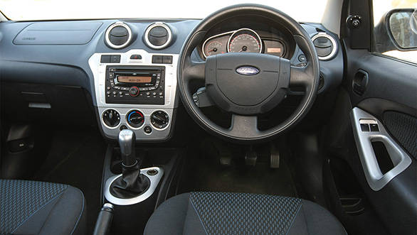 2013 Ford Figo interiors