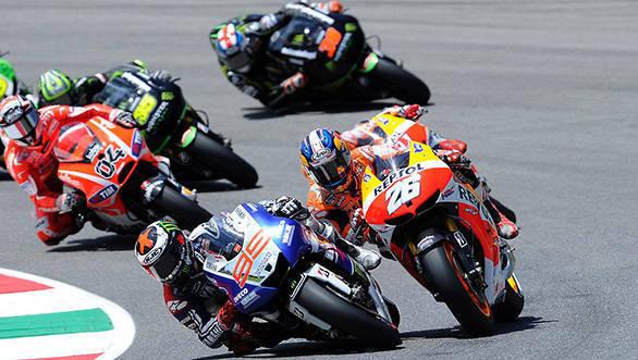 MotoGP 2013: Lorenzo wins at Mugello as Marquez crashes out