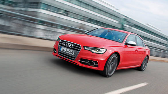 The S6 is the Jason Bourne of the automotive world, it is discreet but it has skills
