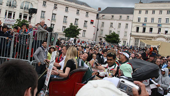 Karun Chandhok and the Murphy Racing team at the drivers parade that runs through Le Mans town