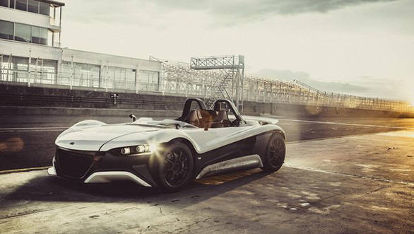 VUHL unveils the 05 open-top supercar