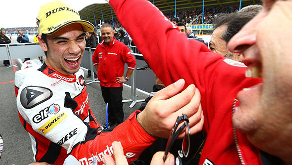 Oliveira and the Mahindra Racing team celebrate pole at Assen