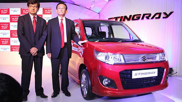 Mayank Pareek, COO Marketing & Sales and Mr. Kenichi Ayukawa, MD & CEO, Maruti Suzuki India Limited unveil the stylish Stingray
