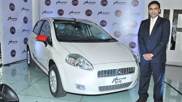 Fiat India launches the 2013 Punto Sport at Rs 7.60 lakh