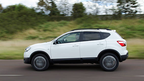 The engine will be a 2-litre diesel and we expect the Qashqai to get all wheel drive as well