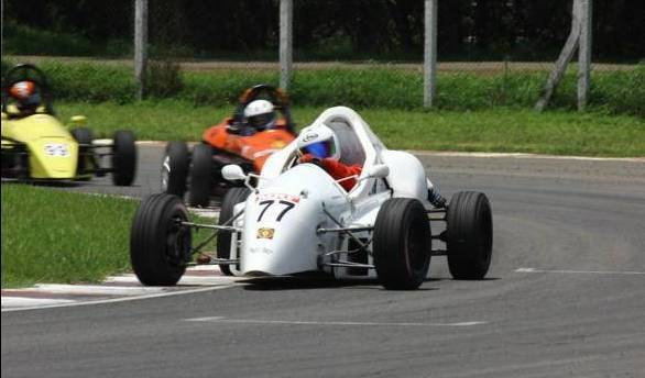 S Narendran continued his domination of the Formula LGB4 class