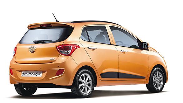 The front and rear of the Grand i10 do have fluidic elements, but when you're making an economic car, getting swoopy with the body panels becomes cost-inefficient