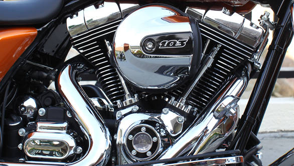 Twin Air Engine Oil Cooler : Harley davidson street glide first ride overdrive