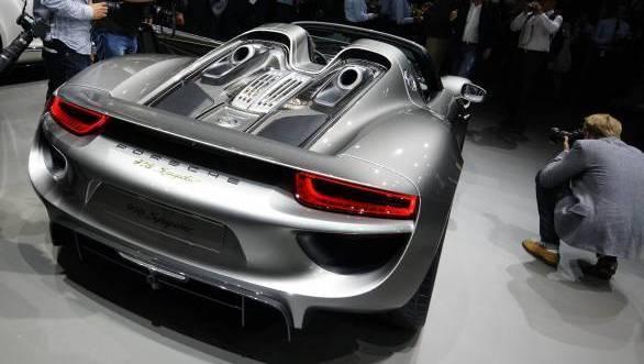 Frankfurt Auto Show 2013: 10 stunning hybrids and e-cars