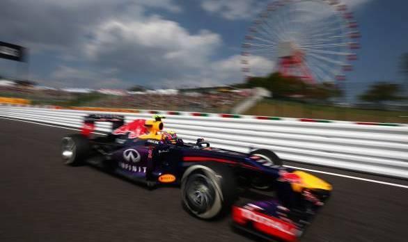 F1 2013: Webber claims Suzuka pole