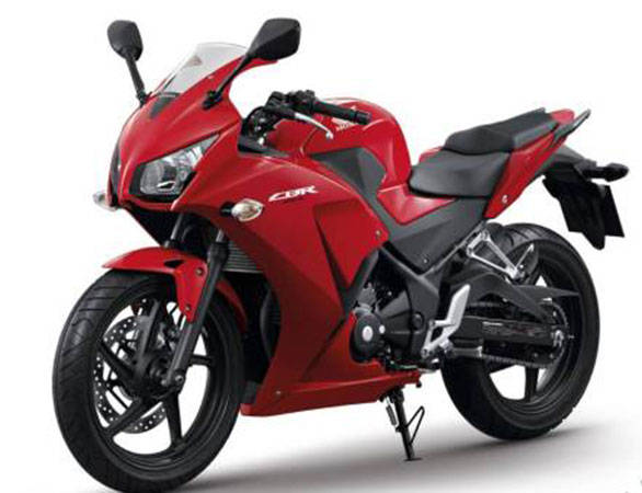 2014 Honda CBR300R unveiled in China