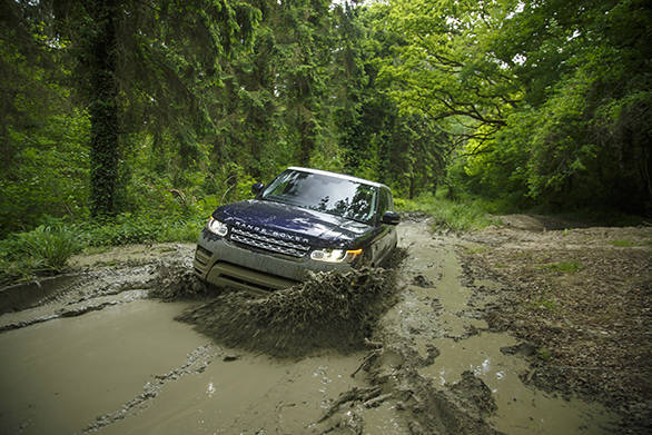 You need no longer be a professional at off road driving and you can easily let the Range Rover Sport take you through some terrifically excisting terrain without you or it breaking into a sweat.