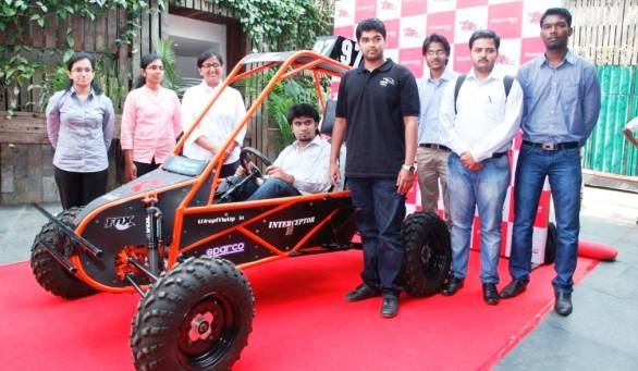 Participants of Mahindra presents BAJASAE India 2014 with the vehicle