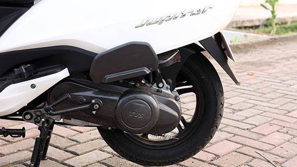The Jupiter has identical figures to those of the Wego – 8PS at 7500rpm and 8Nm at 5500rpm