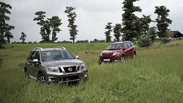 2013 Mahindra XUV500 vs Nissan Terrano in India