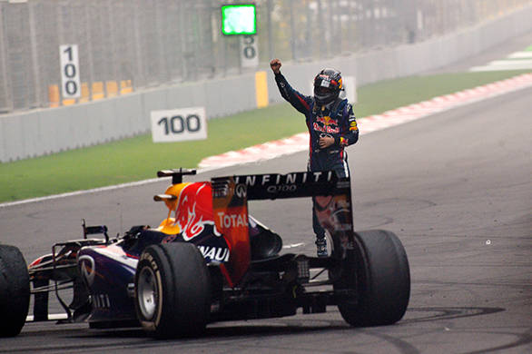 Sebastian Vettel thanking the Indian audience with some donuts at the end of the race in 2013