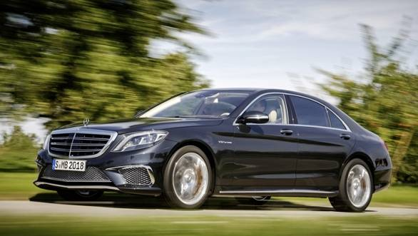 The vehicle has staggering power figures of 630PS and 1000Nm of eath-moving torque, along with a 7-speed AMG SPEEDSHIFT PLUS transmission