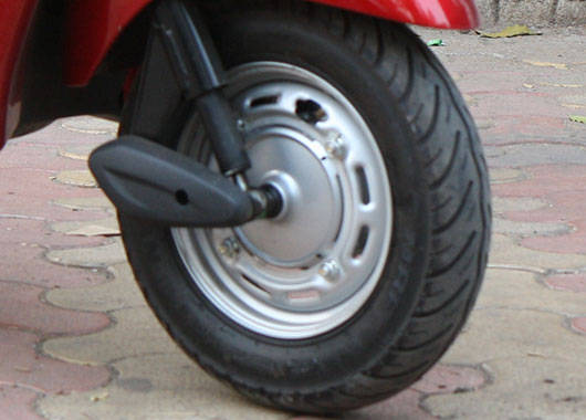 The Honda Activa's 10-inch steel wheels are smaller than the Jupiter's