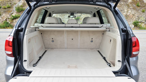 The X5's signature split tailgate has been retained and adds to the practicality