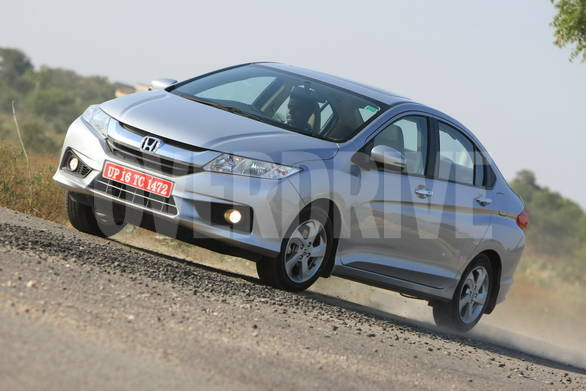 2014 Honda City specifications and comparison with 2013 petrol