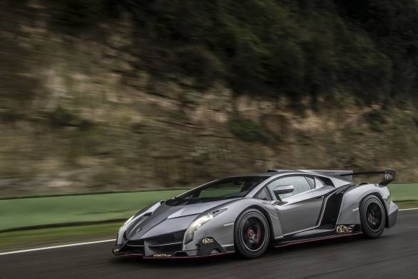 Lamborghini Veneno First Ride The Rs 50 Crore Hypercar Experience