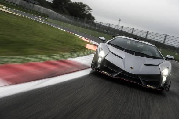 Lamborghini Veneno First Ride The Rs 50 Crore Hypercar Experience