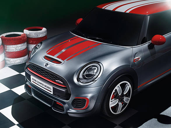 2014 Mini John Cooper Works Concept unveiled