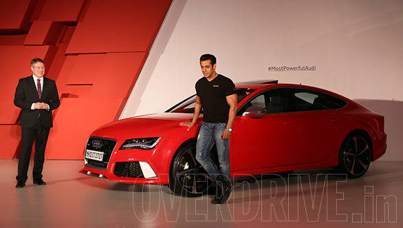 Salman poses with the RS 7