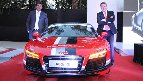 Joe-King,-Head,-Audi-India-(Right)-and-Mr.-Kapil-Pashankar,-Managing-Director,-Audi-Nashik-and-Audi-Pune-(Pashankar-Auto-India-Pvt.-Ltd