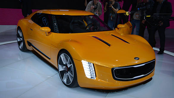 Kia showcases GT4 Stinger Concept at Detroit Auto Show 2014