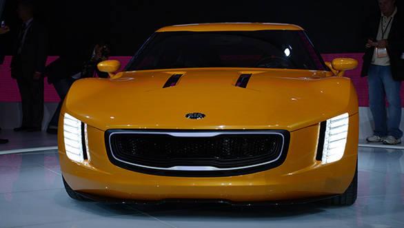 Kia-GT4-Stinger-5