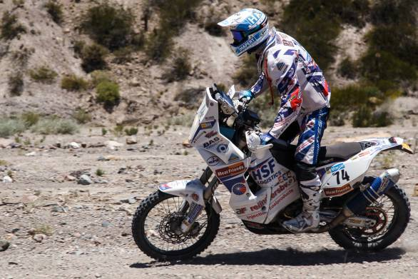 Joan Barreda Bort is still running strong at the head of the motorcycle class