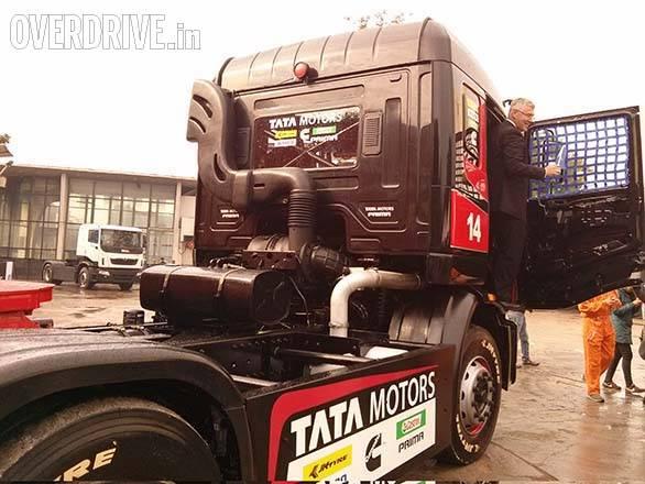 Tata Prima racing truck (14)