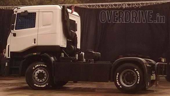 Tata Prima racing truck (5)