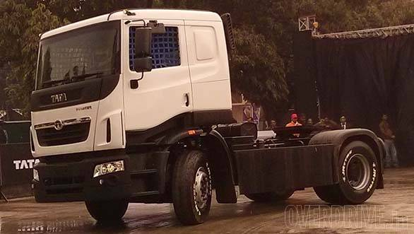 Tata Prima racing truck (8)