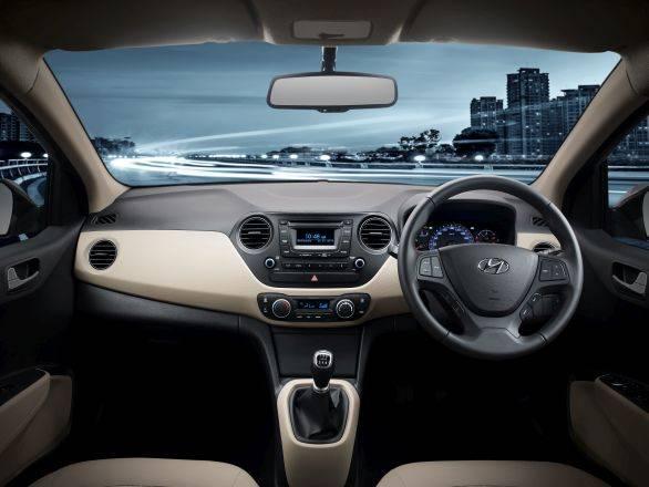 2014 Hyundai Xcent interiors