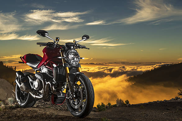 2014 Ducati Monster 1200S image gallery