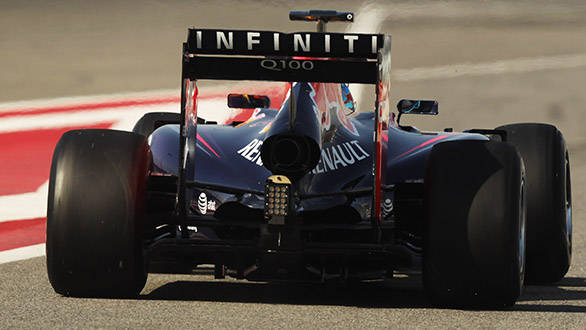 Single exhaust outlet in the new Red Bull RB10 as governed by the new regualtion