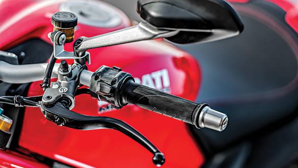 Ducati Monster 1200S (5)