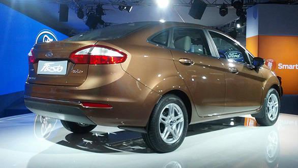 Ford-Fiesta-(1)
